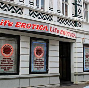 Show-Center Life Erotica